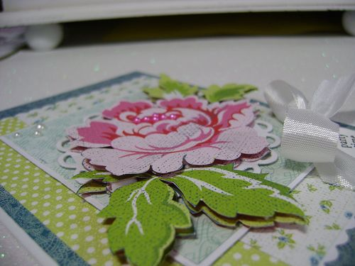 Card Patterns 146 close up flower
