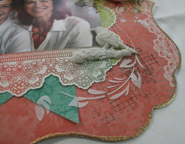 Linda-Resin bird and texture paste