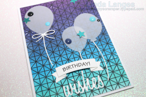 Creating a blended background with SSS Lattice Grid stamp and Distress Inks