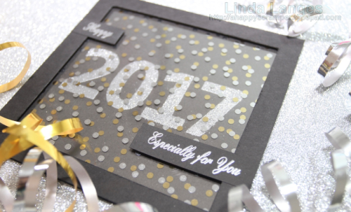 Creating quick New Year Cards with Big Bold Numbers from Happy Little Stampers and heat embossing